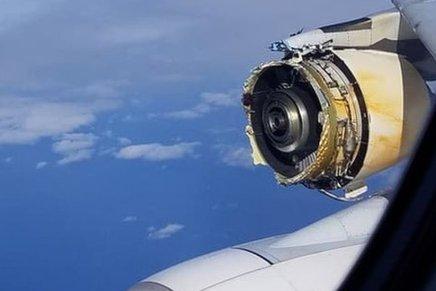 Airplane Engine Falls in theair