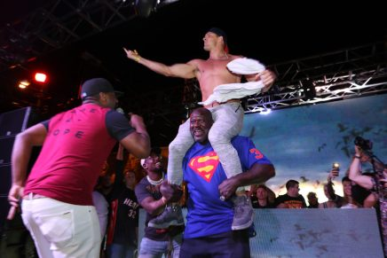Gronk and Shaq having a dance battle