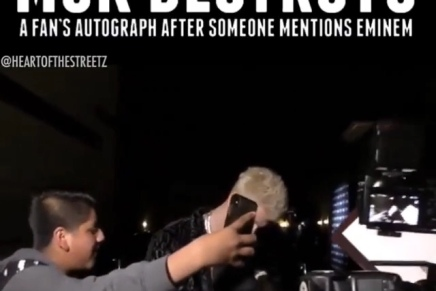 Machine Gun Kelly Destroys A Fan's Autograph When Eminem Is Mentioned 😂🤣  ( Viral Flame Network)